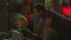 Andrew Robinson, Paul Robinson in Neighbours Episode 6372