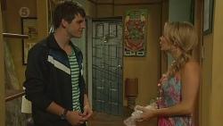 Chris Pappas, Natasha Williams in Neighbours Episode 6375