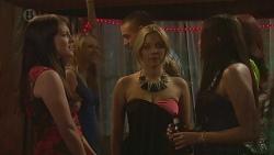 Summer Hoyland, Natasha Williams, Belinda Ferry in Neighbours Episode 6375