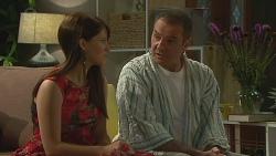 Summer Hoyland, Karl Kennedy in Neighbours Episode 6375