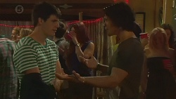 Chris Pappas, Aidan Foster in Neighbours Episode 6376