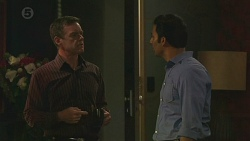 Paul Robinson, Ajay Kapoor in Neighbours Episode 6376