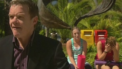 Paul Robinson, Sonya Mitchell, Jade Mitchell in Neighbours Episode 6377