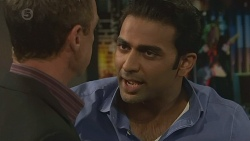 Paul Robinson, Ajay Kapoor in Neighbours Episode 6377