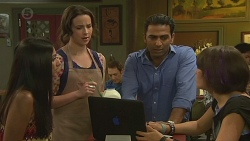 Rani Kapoor, Kate Ramsay, Ajay Kapoor, Sophie Ramsay in Neighbours Episode 6377