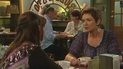 Summer Hoyland, Susan Kennedy in Neighbours Episode 6379