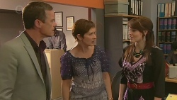 Paul Robinson, Susan Kennedy, Summer Hoyland in Neighbours Episode 6380