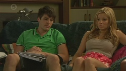 Chris Pappas, Natasha Williams in Neighbours Episode 6380