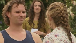 Lucas Fitzgerald, Kate Ramsay, Sonya Mitchell in Neighbours Episode 6381