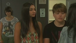 Sophie Ramsay, Rani Kapoor, Callum Jones, Priya Kapoor in Neighbours Episode 6381