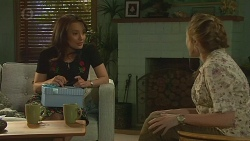 Vanessa Villante, Sonya Mitchell in Neighbours Episode 6381