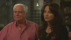 Lou Carpenter, Vanessa Villante in Neighbours Episode 6381