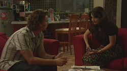 Lucas Fitzgerald, Vanessa Villante in Neighbours Episode 6381