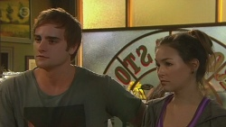 Kyle Canning, Jade Mitchell in Neighbours Episode 6382