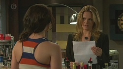 Kate Ramsay, Celeste McIntyre in Neighbours Episode 6382