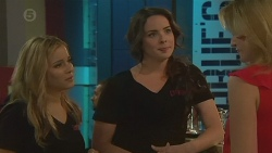 Natasha Williams, Kate Ramsay, Celeste McIntyre in Neighbours Episode 6382