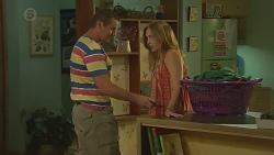 Toadie Rebecchi, Sonya Mitchell in Neighbours Episode 6382
