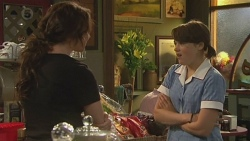 Kate Ramsay, Sophie Ramsay in Neighbours Episode 6384