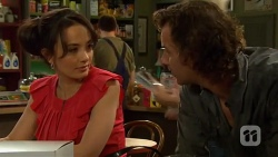 Vanessa Villante, Lucas Fitzgerald in Neighbours Episode 6386