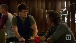 Chris Pappas, Lucas Fitzgerald in Neighbours Episode 6386