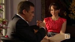 Paul Robinson, Vanessa Villante in Neighbours Episode 6386