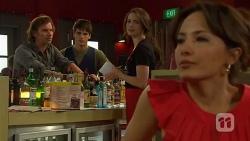 Lucas Fitzgerald, Chris Pappas, Kate Ramsay, Vanessa Villante in Neighbours Episode 6386