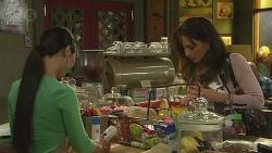 Margie Chan, Vanessa Villante in Neighbours Episode 6387