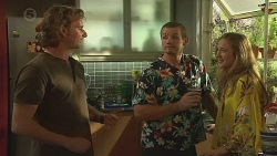 Lucas Fitzgerald, Toadie Rebecchi, Sonya Mitchell in Neighbours Episode 6387