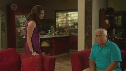 Kate Ramsay, Lou Carpenter in Neighbours Episode 6389
