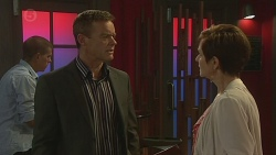 Paul Robinson, Susan Kennedy in Neighbours Episode 6389