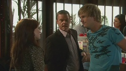 Summer Hoyland, Paul Robinson, Andrew Robinson in Neighbours Episode 6390