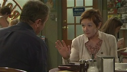 Karl Kennedy, Susan Kennedy in Neighbours Episode 6390