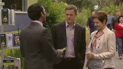 Ajay Kapoor, Paul Robinson, Susan Kennedy in Neighbours Episode 6390