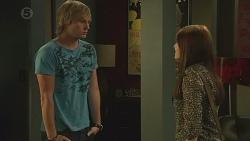 Andrew Robinson, Summer Hoyland in Neighbours Episode 6390