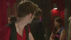 Griffin O'Donahue, Andrew Robinson, Summer Hoyland in Neighbours Episode 6391