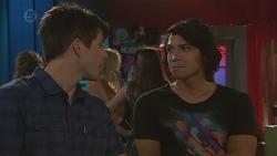 Chris Pappas, Aidan Foster in Neighbours Episode 6391
