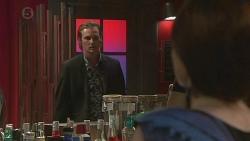 Andrew Robinson, Summer Hoyland in Neighbours Episode 6391