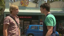 Andrew Robinson, Chris Pappas in Neighbours Episode 6392