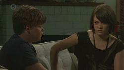 Callum Jones, Sophie Ramsay in Neighbours Episode 6394