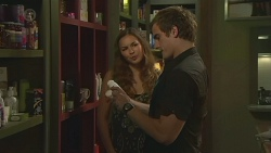 Jade Mitchell, Kyle Canning in Neighbours Episode 6394