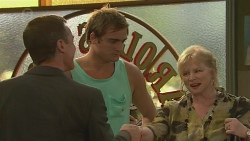Paul Robinson, Kyle Canning, Sheila Canning in Neighbours Episode 6394