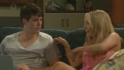 Chris Pappas, Natasha Williams in Neighbours Episode 6396