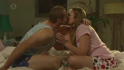 Toadie Rebecchi, Sonya Mitchell in Neighbours Episode 6396