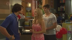 Aidan Foster, Natasha Williams, Chris Pappas in Neighbours Episode 6396