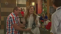 Toadie Rebecchi, Sonya Mitchell, Rhys Lawson in Neighbours Episode 6396