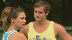 Jade Mitchell, Kyle Canning in Neighbours Episode 6397