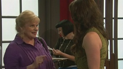 Sheila Canning, Kate Ramsay in Neighbours Episode 6399