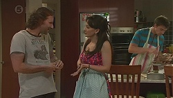 Lucas Fitzgerald, Vanessa Villante, Rhys Lawson in Neighbours Episode 6399