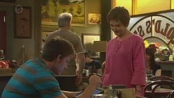 Rhys Lawson, Susan Kennedy in Neighbours Episode 6400