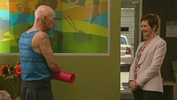 Bernard Cabello, Susan Kennedy in Neighbours Episode 6400